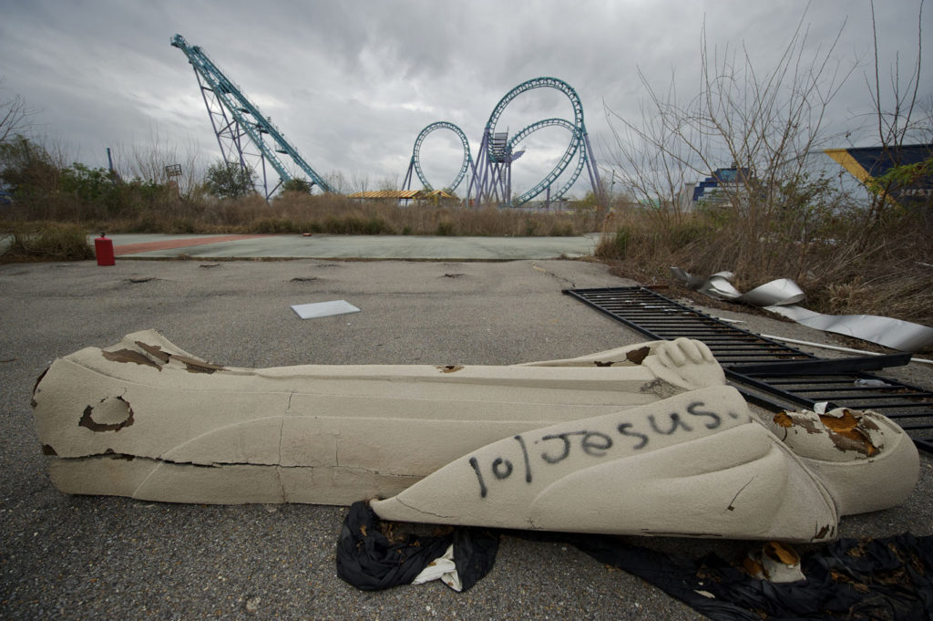 Jazzland Six Flags New Orleans Hurricane Katrina Disaster